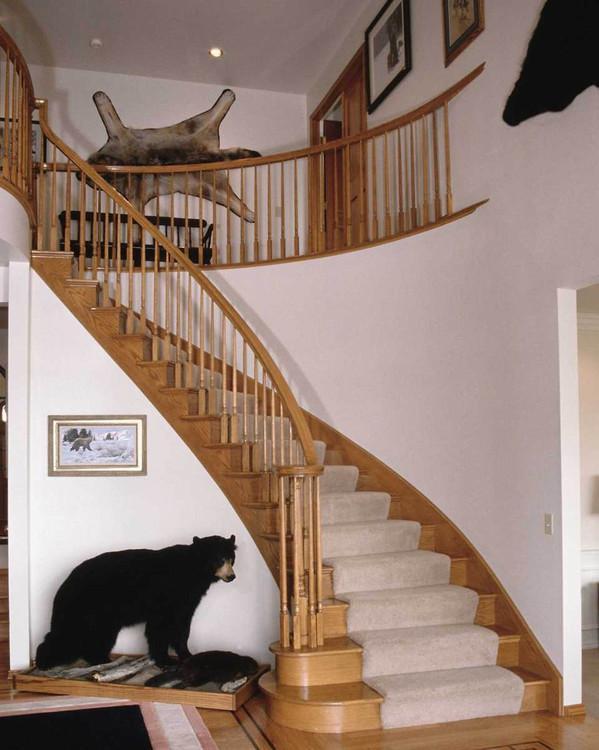 实木楼梯搭配实木地板